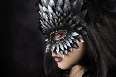 Black-Silver-Tip-Asymmetrical